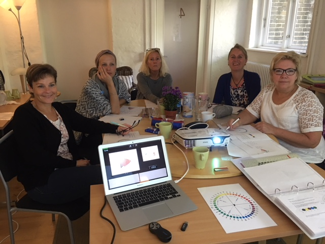 hold i Valby reklame for uddannelsen